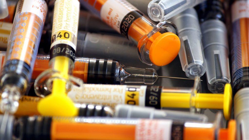予防接種用の注射器