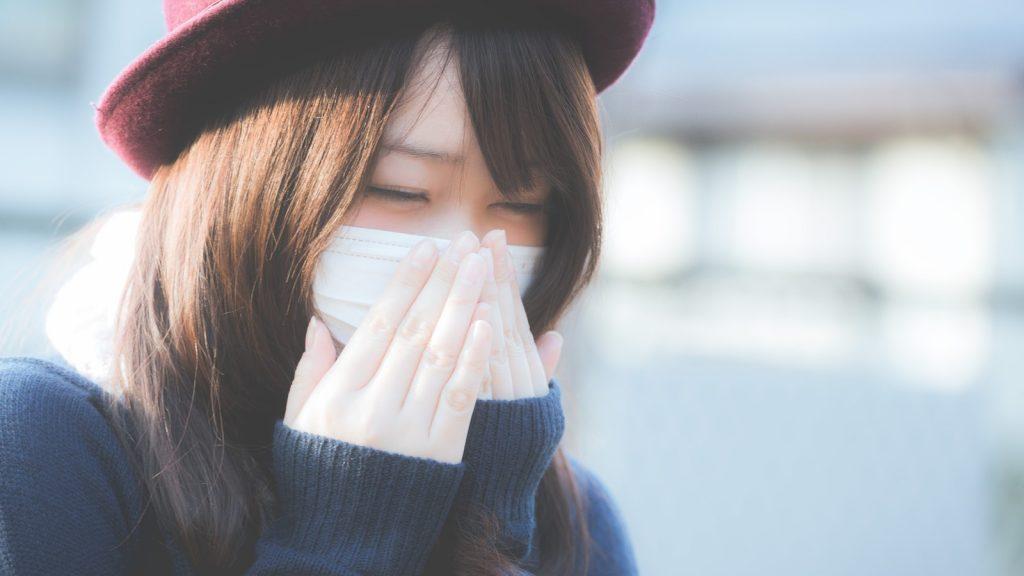 アレルギーがひどい女性